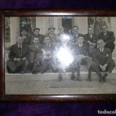 Fotografía antigua: ANTIGUA FOTO PERSONAS IMPORTANTES DE ALICANTE ENMARCADA. Lote 70408937