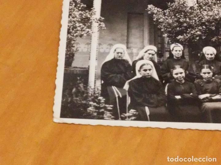 Fotografía antigua: BARCELONA - 1948 - CASA FAMILIA DE NTRA. SRA. DE LA MERCED -CLAUSTRO - AV. TIBIDABO, 31 - VER FOTO - Foto 2 - 74735395