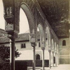 Fotografía antigua: GARZÓN 209 GRANADA LA ALHAMBRA GALERÍA EN EL PATIO DE LOS ARRAYANES.. Lote 75965095
