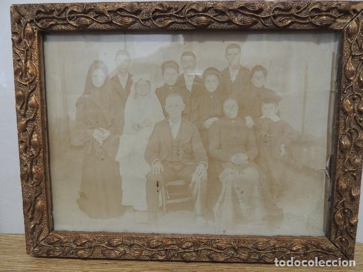 FOTOGRAFIA FAMILIAR AÑO 1900 ENMARCADA (Fotografía Antigua - Albúmina)
