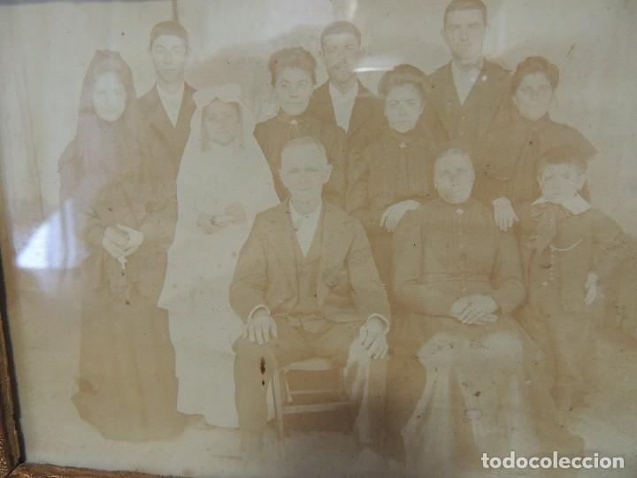 Fotografía antigua: FOTOGRAFIA FAMILIAR AÑO 1900 ENMARCADA - Foto 2 - 77584865