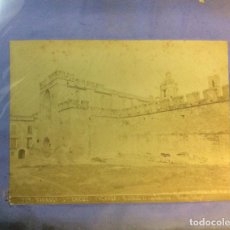 Fotografía antigua: SANTES CREUS, TARRAGONA. FACHADA. TORRES FOTÓGRAFO. 17 X 23 CM.. Lote 77735569