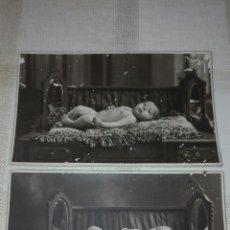 Fotografía antigua: PAREJA FOTOS BEBÉ AÑO 1929 - J.ARA VALENCIA. Lote 80010517