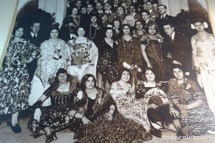 GRAN FOTOGRAFÍA DE FIESTA DE DISFRACES O CARNAVAL - TRAJES CABARET, FLAMENCA, ETC.,ETC... - AÑOS 40 (Fotografía Antigua - Albúmina)