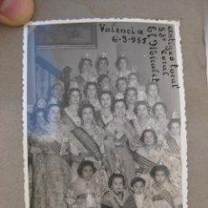 Fotografía antigua: FOTOGRAFIA ANTIGUA FALLERAS FALLAS VALENCIA EN LOCAL ANTIGUO CORAL EL MICALET 1955. Lote 87108432