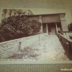 Fotografía antigua: MONASTERIO DE YUSTE. 2591. SUBIDA A LA TERRAZA, J. LAURENT, 33X24,9. CÁCERES. Lote 94160195