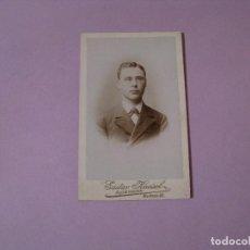 Fotografía antigua: FOTOGRAFIA TIPO CDV. GUSTAV KNEISEL, AUE, ALEMANIA. 1899. 10,5X6,5 CM.. Lote 103984399