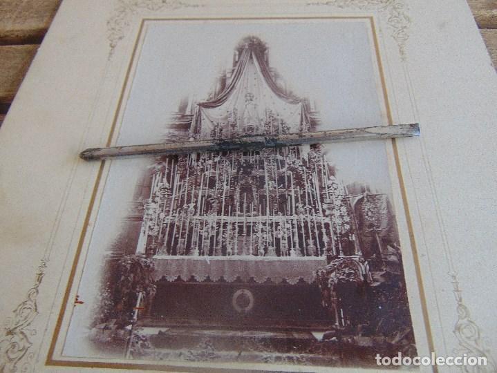Fotografía antigua: FOTO FOTOGRAFIA ALBUMINA ALTAR CON VIRGEN A IDENTIFICAR SEMANA SANTA PONE UTRERA SEVILLA - Foto 2 - 104990163
