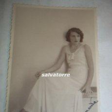 Fotografía antigua: FOTOGRAFIA BENITEZ. TENERIFE,CANARIAS. 1931.RETRATO MUJER CANARIA.. Lote 106586291