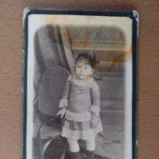 Fotografía antigua: RETRATO DE UNA NIÑA FOTOGRAFO R. EROLES BARCELONA PRINCIPIOS SIGLO XX. Lote 114790051