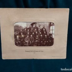 Fotografía antigua: FOTOGRAFÍA PERSONAL DE LA ADUANA DE IRÚN 1880 ORIGINAL. Lote 115492968