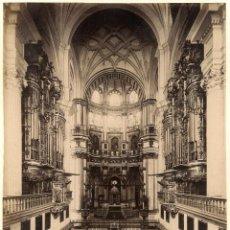 Fotografía antigua: GARZÓN 261 GRANADA CATEDRAL. EL CRUCERO Y EL ALTAR MAYOR . Lote 116161555