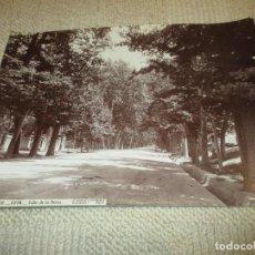 Fotografía antigua: ARANJUEZ. 2236. CALLE DE LA REINA. J. LAURENT. 34X25 CM. . Lote 116291371