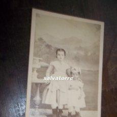 Fotografía antigua: FOTOGRAFIA ANTIGUA. DOS NIÑAS. CIRCA 1870. Lote 118033751