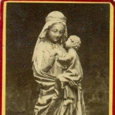 Fotografía antigua: BURGOS. MONASTERIO DE SILOS LA VIRGEN DE LA MANZANA Y EL NIÑO. HACIA 1890. TIPO CDV.. Lote 118150991