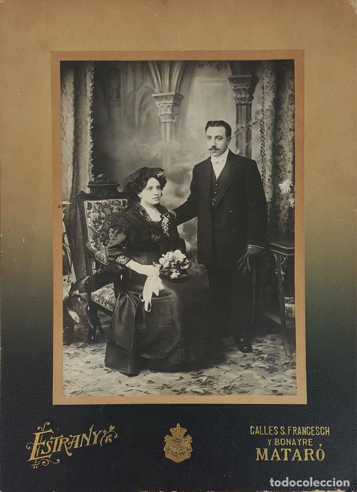 FOTOGRAFÍA DE FAMILIA. ALBUMINA. FOTOGRAFÁ ESTRANYA. BARCELONA. SIGLO XIX-XX. (Fotografía Antigua - Albúmina)