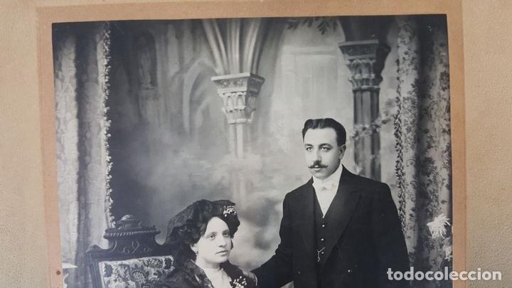 Fotografía antigua: FOTOGRAFÍA DE FAMILIA. ALBUMINA. FOTOGRAFÁ ESTRANYA. BARCELONA. SIGLO XIX-XX. - Foto 3 - 139582266