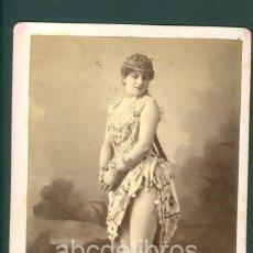 Fotografía antigua: CHICA VODEVIL FOTO ESPLUGAS C.1870 BERNETTI CIA TOMBA. Lote 128178759