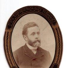 Fotografía antigua: ORLA. DOCTOR ILDEFONSO RODRIGUEZ FERNANDEZ. HISTORIA CRITICA DE LA MEDICINA. Lote 128286627