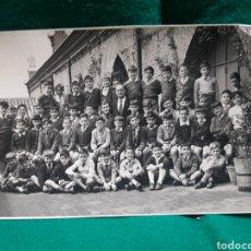 Fotografía antigua: FOTOGRAFÍA ANTIGUA DE NIÑOS EN EL COLEGIO. Lote 128909255