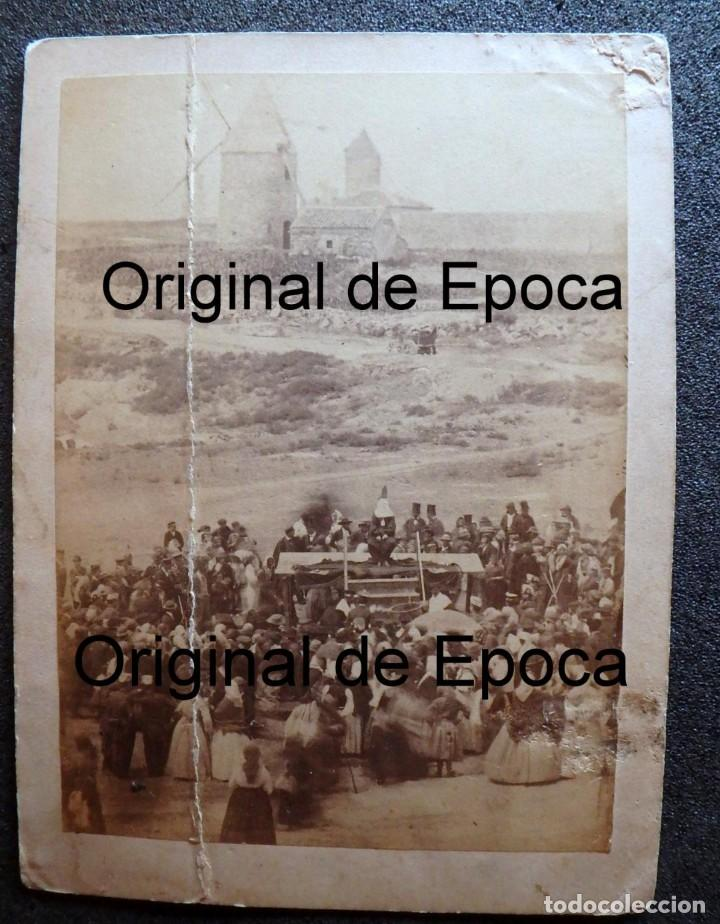 Fotografía antigua: (JX-180811)Fotografía albumina de una ejecución con garrote vil.CASTILLA O EXTREMADURA.1860-1880 - Foto 4 - 129969303
