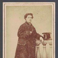 Fotografía antigua: FOTOGRAFIA DE JOVEN. FOTO J.C. DA ROCHA (LISBOA). AÑO 1871 - ALBUMINA-2469. Lote 129975983