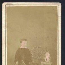 Fotografía antigua: FOTOGRAFIA DE NIÑO. SOBRE 1880 - ALBUMINA-2532. Lote 130485558
