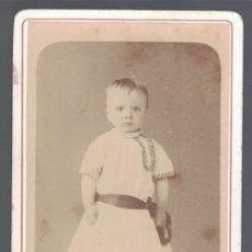 Fotografía antigua: FOTOGRAFIA DE NIÑA. SOBRE 1880 - ALBUMINA-2535. Lote 130486190