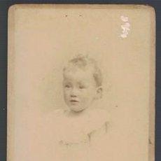 Fotografía antigua: FOTOGRAFIA DE NIÑO. SOBRE 1880 - ALBUMINA-2537. Lote 130486350