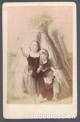 FOTOGRAFIA NIÑAS. SOBRE 1880.. SOBRE 1880 - ALBUMINA-2541 (Fotografía Antigua - Albúmina)