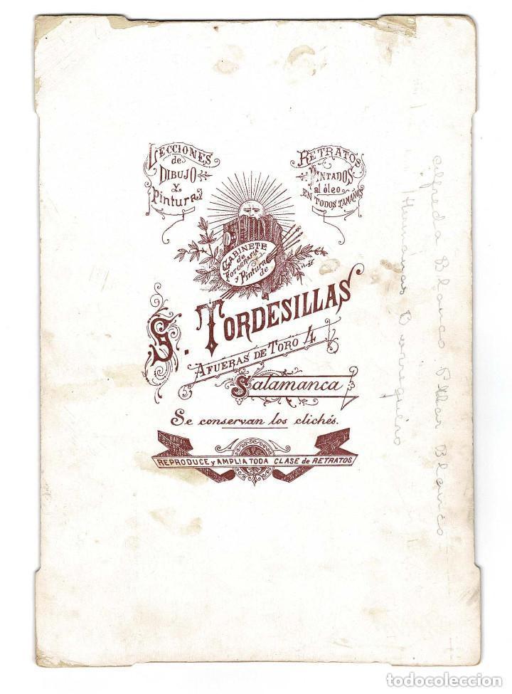 Fotografía antigua: Salamanca. Estudio fotográfico de Tordesillas. Hermanas Blanco y Burraquero. 25 X 17 CM - Foto 2 - 131695290