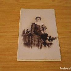 Fotografía antigua: ANTIGUA FOTOGRAFIA (ALREDEDOR DE 1900) - FOTO DE UN NIÑO - 21,7X12,9 CM - EMILIO SAGRISTA - MASNOU. Lote 132183386