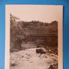 Fotografía antigua: CABRA DE MORA, TERUEL - PUENTE SOBRE EL RIO CASTELLAR, CLICHE Y FOTOGRAFIA - AÑOS 1920-30. Lote 132410606