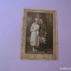 Fotografía antigua: FOTO DE UNA PAREJA. DIODOROS CEUTA. 1934. 16,5X11 CM CON EL CARTÓN.. Lote 132808058