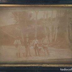 Fotografía antigua: DIA DE CAZA. FOTOGRAFÍA DE ALBUMINA. SIGLO XIX. . Lote 133902342