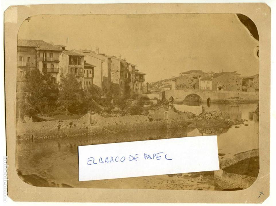 LLANES, ASTURIAS. VISTA DE PRIMERA ÉPOCA, CIRCA 1870, SIN REFERENCIA DE FOTÓGRAFO (Fotografía Antigua - Albúmina)
