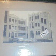 Fotografía antigua: BARCELONA - CONSTRUCCION DE LOS PABELLONES DEL HOSPITAL DE SAN PAU 26,5X21 CM. . Lote 137987554