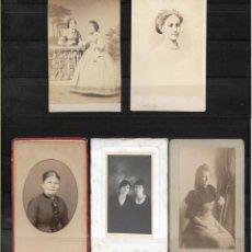 Fotografía antigua: LOTE DE 5 ANTIGUAS FOTOGRAFIAS DE MUJERES DE EPOCA . Lote 138540310