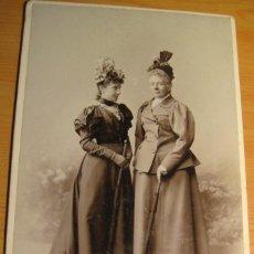 Fotografía antigua: FOTOGRAFIA ANTIGUA.: INFANTAS DE BORBON: Dª ISABEL (LA CHATA) Y SU HERMANA Dª PAZ- S. XIX. Lote 138692706