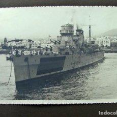 Fotografía antigua: HISTORICA ENTREGA DE LA BANDERA DE COMBATE AL CRUZERO CANARIAS SANTA CRUZ DE TENERIFE 1940. Lote 139905306