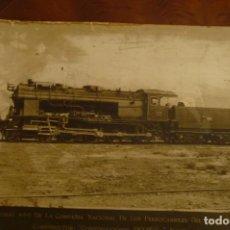 Fotografía antigua: LOCOMOTORA 4-8-0 CONSTRUCIONES DEVIS S.A. FERROCARRILES DEL OESTE DE ESPAÑA. GRAN FORMATO 60X42,. Lote 140271214