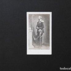 Fotografía antigua: ALBÚMINA DE JORGE V REY DE HANNOVER. Lote 142025622