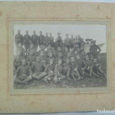 Fotografía antigua: GRAN FOTO DE MILITARES DE CABALLERIA DEL REGIMIENTO SAGUNTO , OFICIALES Y TROPA .. 20 X 25 CM. Lote 143788750