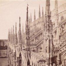 Fotografía antigua: 1870'S FOTOGRAFÍA ORIGINAL ALBÚMINA DETALLE DE LA CATEDRAL DE MILÁN 18,5 X 25,0 CM. Lote 144053890