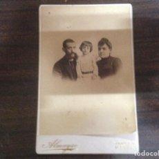 Fotografía antigua: ANTIGUA FOTOGRAFIA FAMILIA FOTOGRAFO ALMAYSO MADRID. Lote 146263894