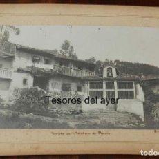 Fotografía antigua: FOTOGRAFÍA ALBUMINA DE LA ERMITA EN SAN ESTEBAN DE PRAVIA (ASTURIAS), FOTO M.GIMENO. MIDE 27,5 X 21,. Lote 147316634
