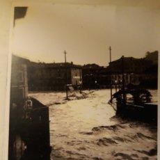 Fotografía antigua: FOTOGRAFÍA RIADA DE 14 OCTUBRE 1953 TOLOSA. Lote 147756822