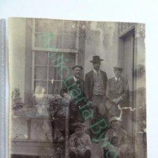 Fotografía antigua: FOTOGRAFÍA ANTIGUA ORIGINAL. CABALLEROS (10 X 7,5 CM). Lote 153956666