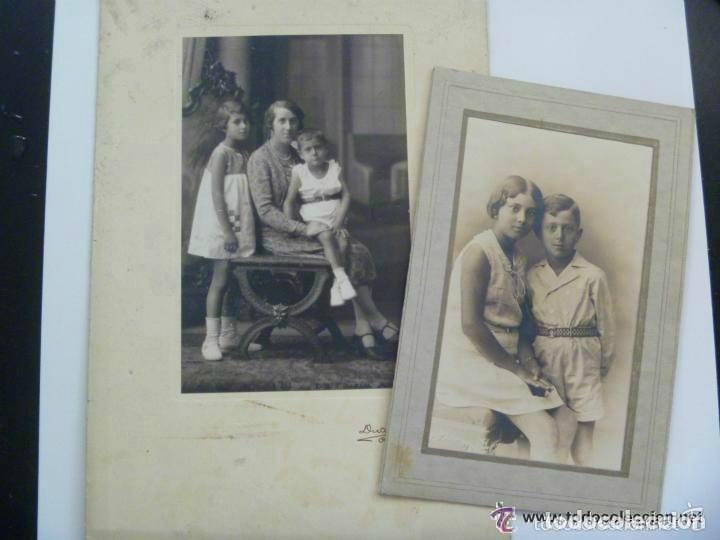 LOTE DE 2 FOTOS DE ESTUDIO DE MADRE CON HIJOS Y DE LOS NIÑOS. DE DUARTE , OVIEDO ... 15 X 22 CM. (Fotografía Antigua - Albúmina)