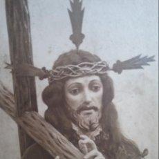 Fotografía antigua: JESÚS NAZARENO CON LA CRUZ FOTOGRAFÍA PRINCIPIOS S. XX. Lote 223307183